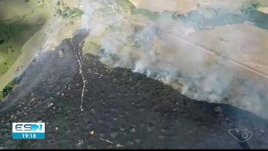 Incêndio destrói área equivalente a 25 campos de futebol no ES