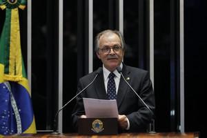 O senador Dalírio Beber (PSDB-SC)