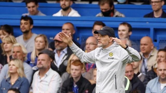 Thomas Tuchel reclama do time durante Chelsea x City