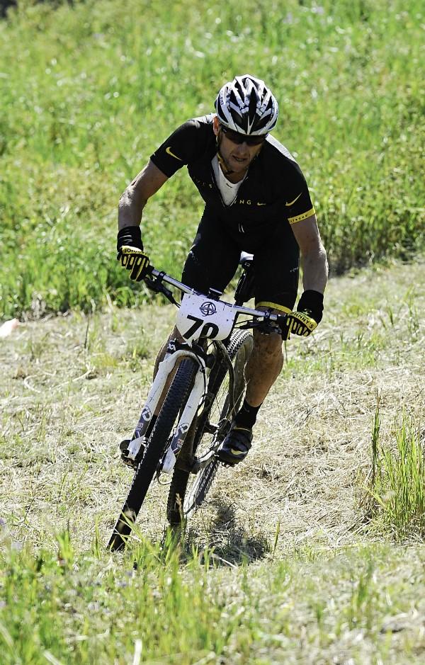 Lance Armstrong em uma competição na região de Aspen, Colorado  (Foto: Getty Images)