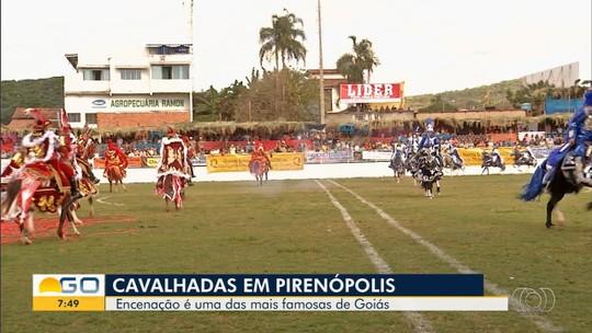 Cavalhadas encantam moradores e visitantes em Pirenópolis