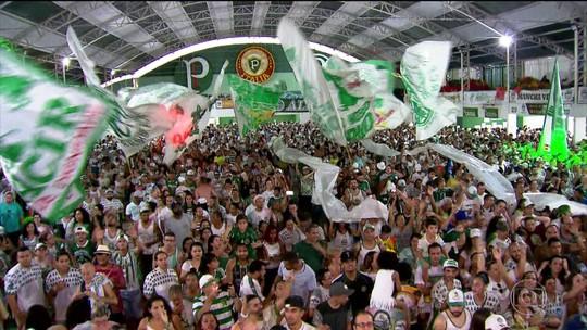 Mancha Verde comemora título de campeã do Grupo Especial de São Paulo