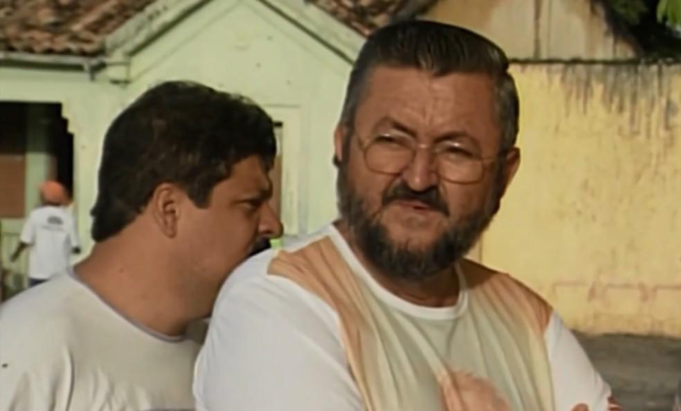 Padre Carlos Vianei, de 64 anos, foi atacado por homem com facão (Foto: Reprodução/TV Subaé)
