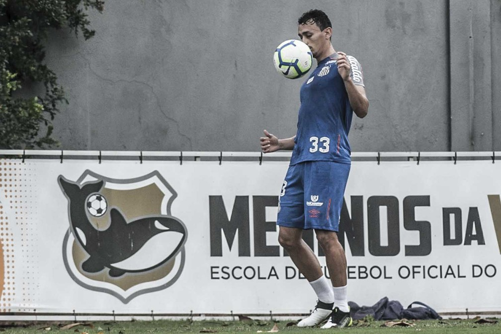 Diego Pituca é um dos Meninos da Vila do elenco — Foto: Ivan Storti/Santos FC