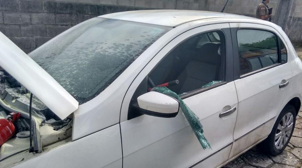 Palio também foi danificado (Foto: Corpo de Bombeiros/Divulgação)