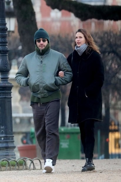 Jeanne Cadieu e Jake Gyllenhaal (Foto: Backgrid)