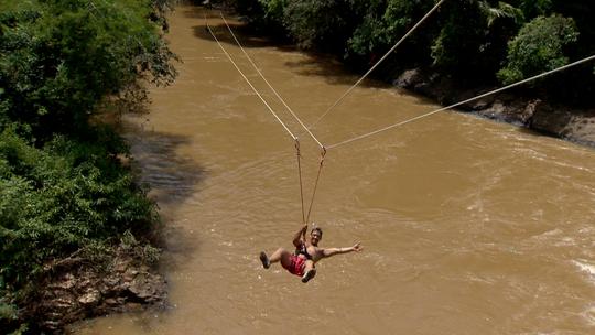 Tirolesa no Pontilhão de Viana é opção de aventura no verão capixaba