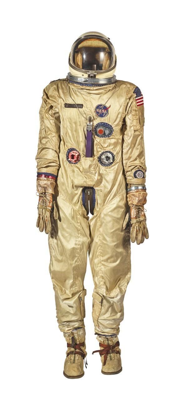 Traje da NASA foi a segunda maior venda do leilão (Foto: SOTHEBY'S)