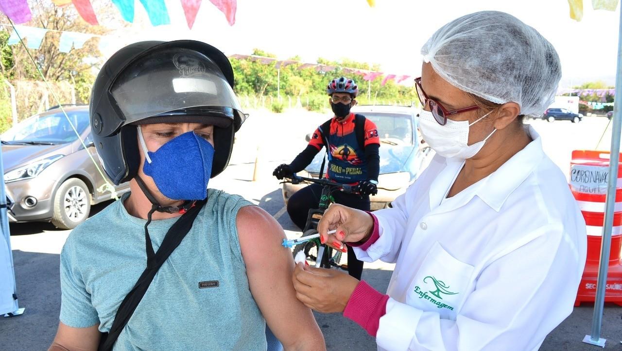 Mais de 60 mil pessoas estão com a  2ª dose da vacina contra a Covid-19 atrasada em Montes Claros