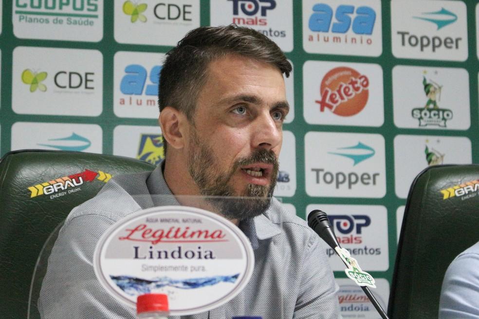 Diretor do Guarani confirma interesse em jovem promessa do Palmeiras; veja os detalhes
