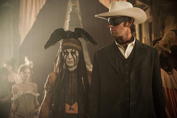 Johnny Depp e Armie Hammer em O Cavaleiro Solitário (Foto: Divulgação)