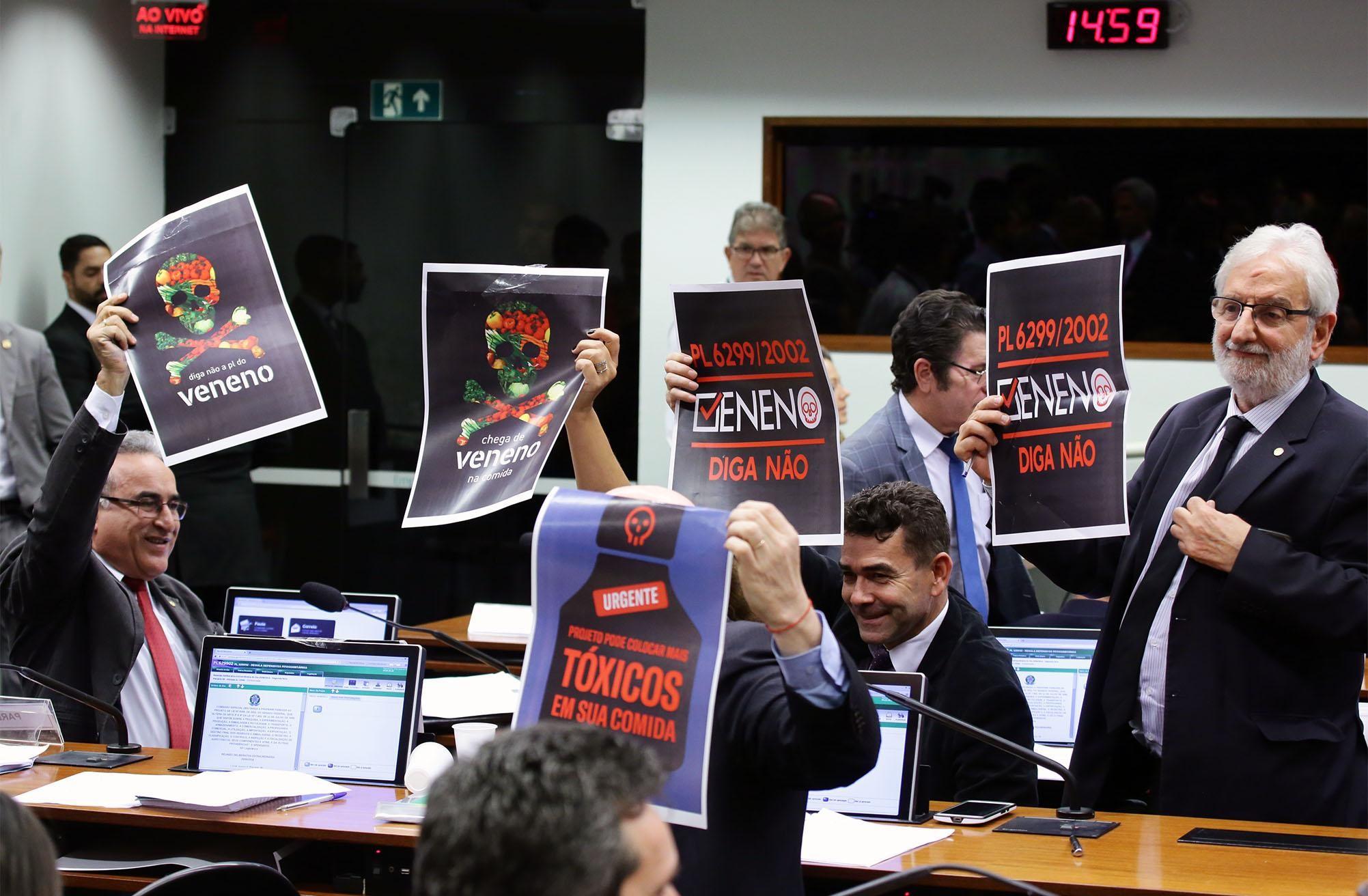 C. E. Regula Defensivos Fitossanitários (PL 6299/02) (Foto: Michel Jesus/Câmara dos Deputados)