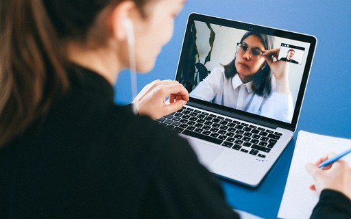 O que um CEO aprendeu após conduzir mais de 100 mil reuniões virtuais
