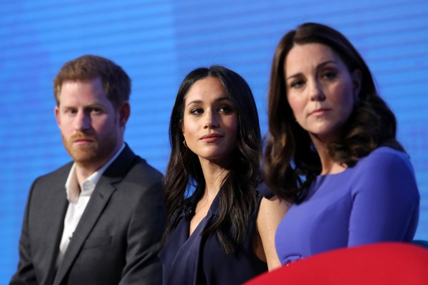 O Príncipe Harry e as duquesas Meghan Markle e Kate Middleton (Foto: Getty Images)