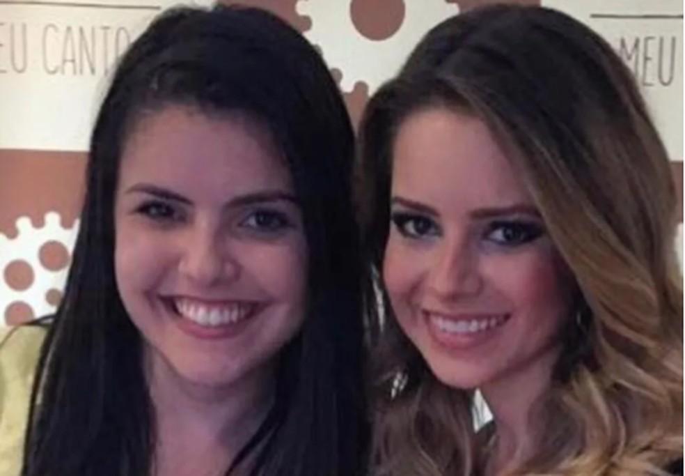 Advogada Ariadne Martins, de 29 anos, ao lado da cantora Sandy — Foto: Arquivo pessoal