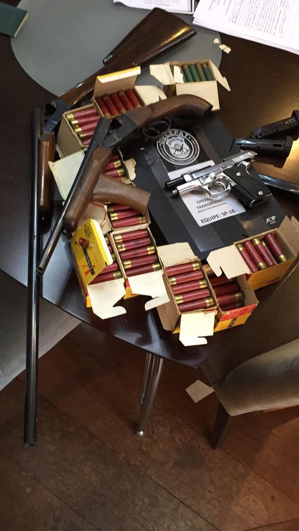 Material apreendido durante a operação contra roubo de carga (Foto: Divulgação)
