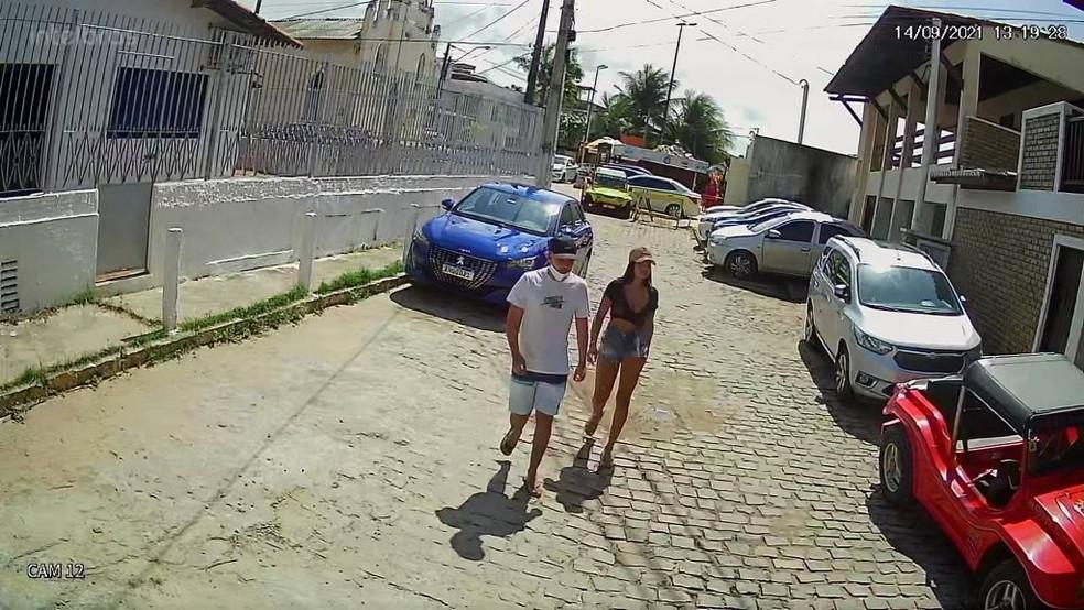Casal suspeito de tentativa de assalto em pousada em Pipa, no litoral Sul do RN — Foto: Reprodução
