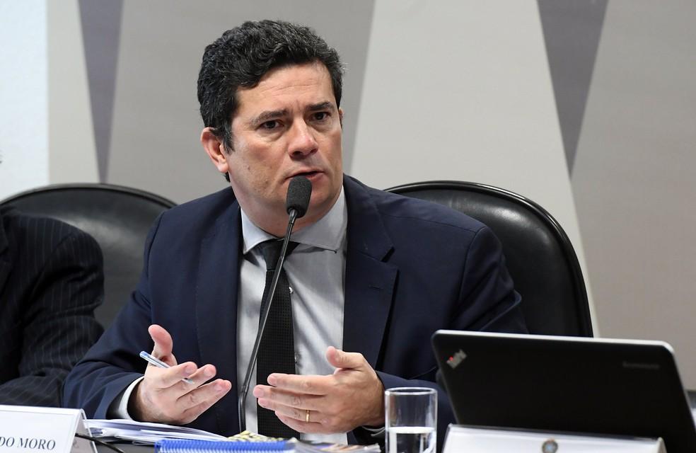 O ministro da Justiça, Sergio Moro, participou de audiência na CCJ do Senado para debater a prisão após condenação em segunda instância — Foto: Marcos Oliveira/Agência Senado