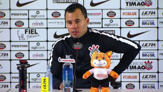 """Jair Ventura mostra alívio, promete """"finais"""" e diz que pretende seguir no Corinthians em 2019"""