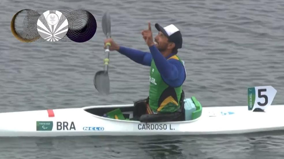 Luis Cardoso conquista a primeira medalha paralímpica do Brasil na canoagem — Foto: Reprodução/TV Globo