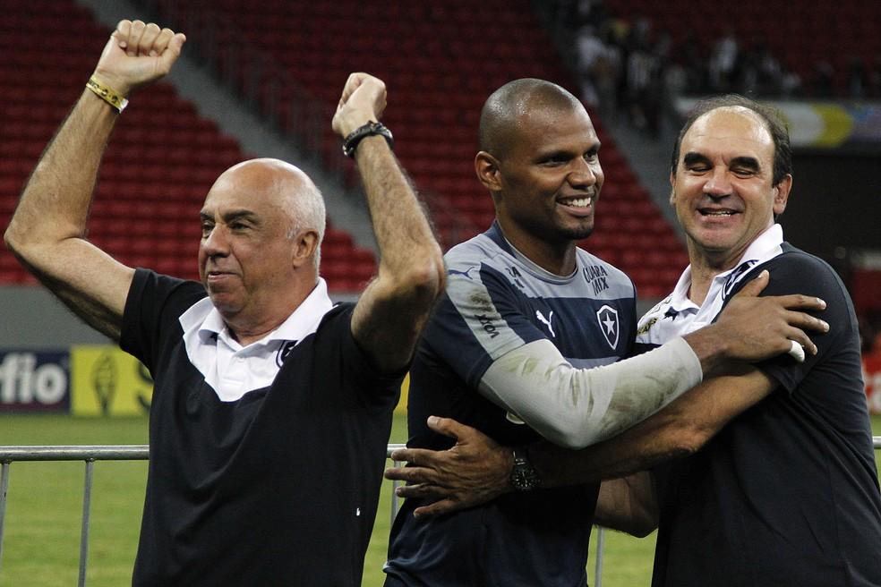 Cacá era muito respeitado no elenco, mas foi perdendo força aos poucos (Foto: Vitor Silva/SSPress/Botafogo)
