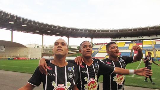 Atacante decide para o Capa-Preta e time é finalista da Série B do  Capixabão. O feito devolve o Brancão à primeira divisão d2d68186292a0