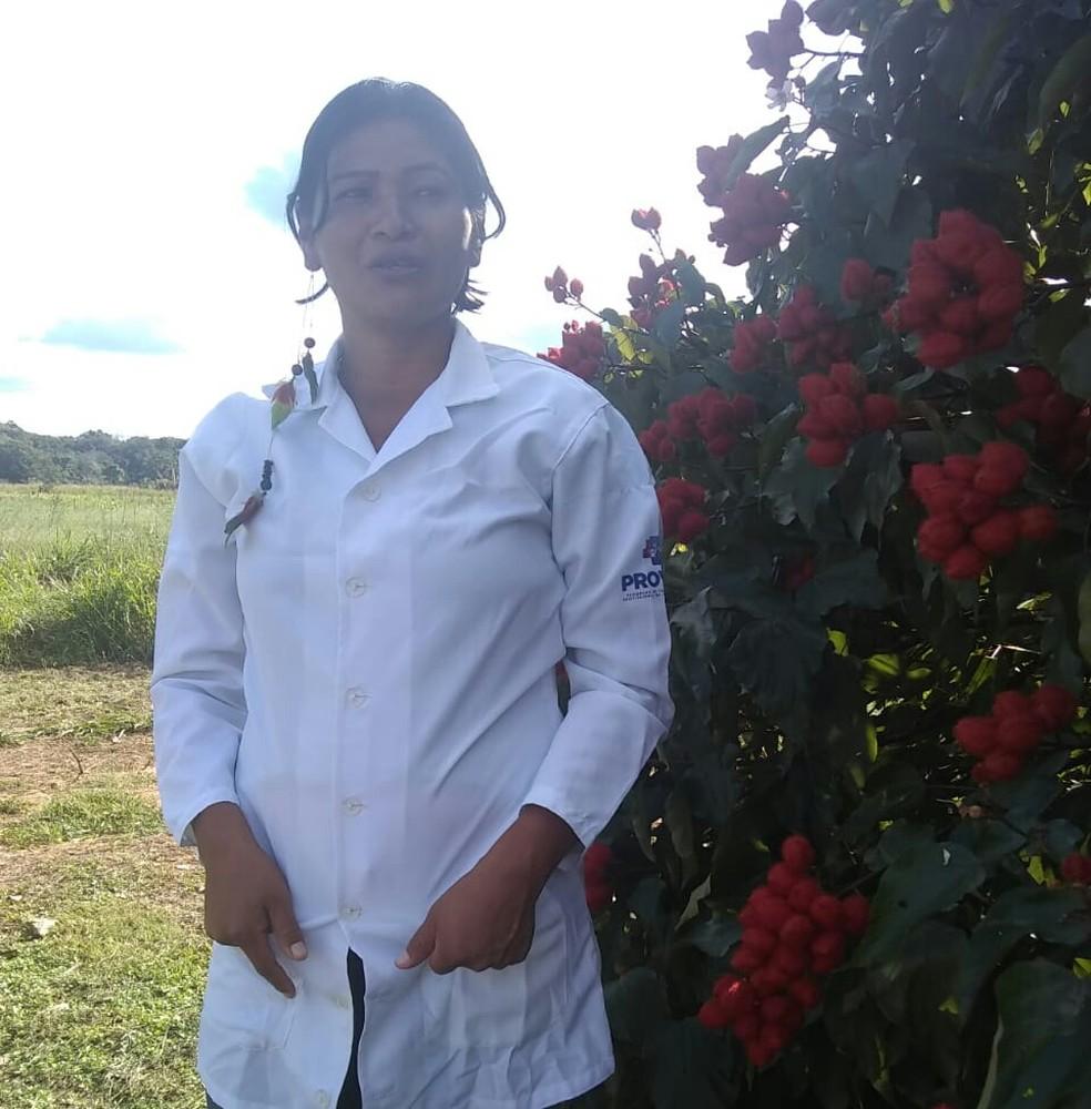 Técnica de enfermagem Elizete Ariabo Calomezore disse que nunca tinha visto caso parecido — Foto: Arquivo pessoal