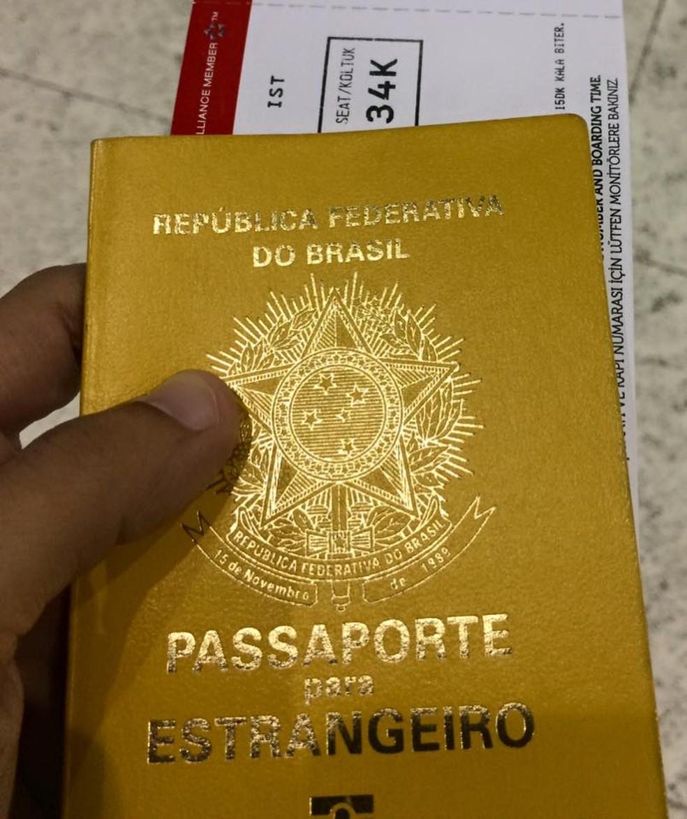 Passaporte de Maha; documento é emitido pelo Brasil em casos de emergências — Foto: Maha Mamo/Arquivo Pessoal