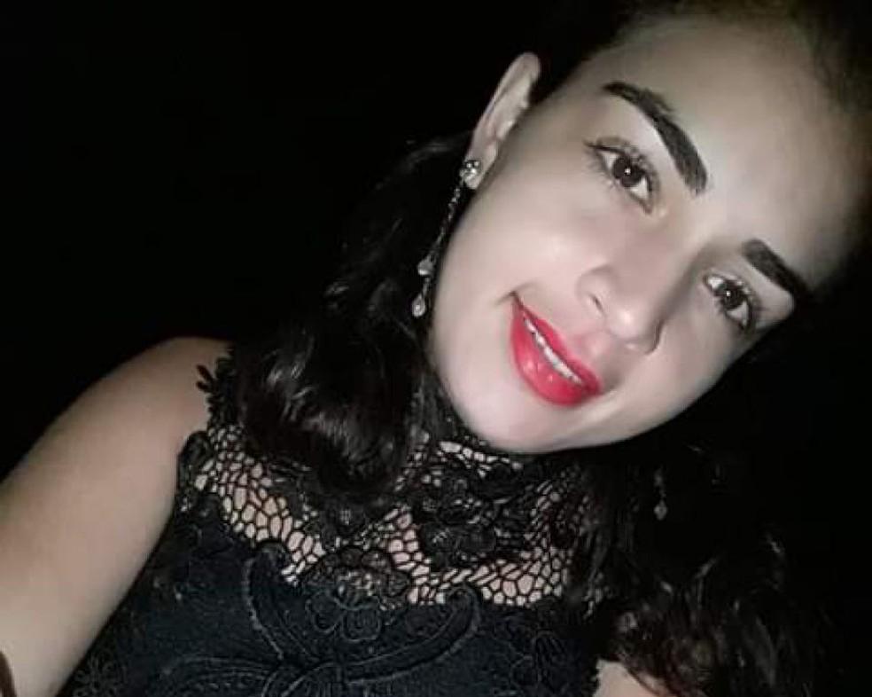 Hinara Myllena, de 20 anos, foi encontrada morta dentro de casa em Serra do Mel, RN — Foto: Redes sociais