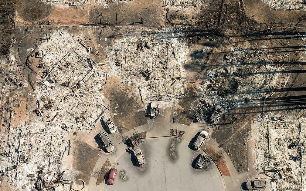 fogo - Incêndios florestais na Califórnia destruíram fazendas de maconha recreativa