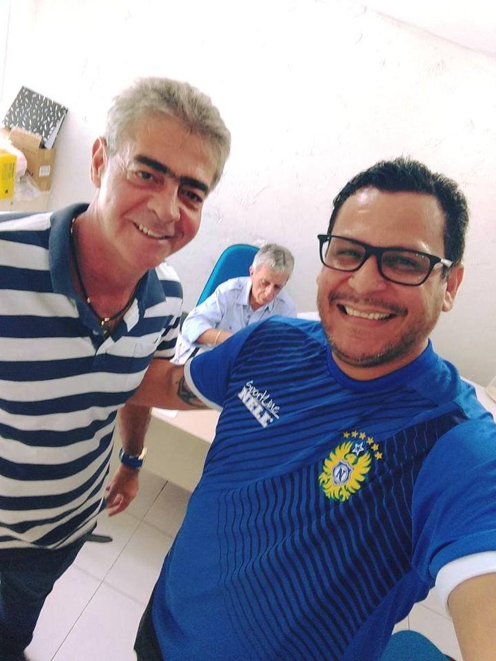 Chicão ao lado do presidente Roberto Peggy (Foto: Reprodução/Arquivo pessoal)