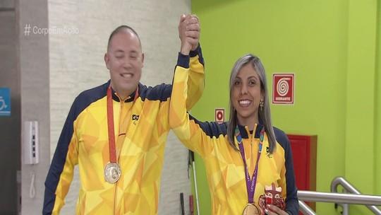Ouro no Parapan, Ana Carolina Duarte, do goalball, é recebida com festa em São Vicente