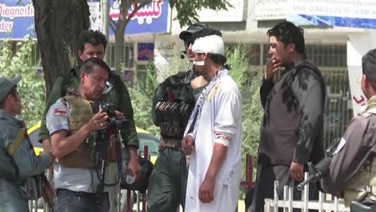 Atentados abalam eleições presidenciais no Afeganistão