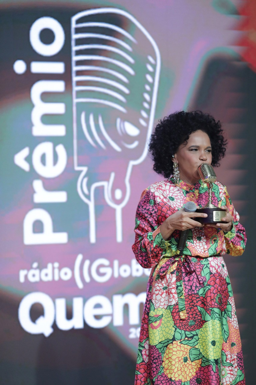 Teresa Cristina, homenageada do Prêmio Rádio Globo Quem (Foto: Leo Lemos/Ed Globo)