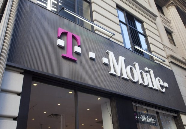 Fachada de loja da T-Mobile: clientes hackeados (Foto: Getty Images)