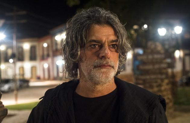 Gabriel (Bruno Gagliasso) ficará cara a cara com León (Eduardo Moscovis) em sua forma humana pela primeira vez. León dirá ao rapaz que ele e Luz (Marina Ruy Barbosa) poderão ser castigados caso continuem se relacionando. Veja outros destaques da semana (Foto: TV Globo)