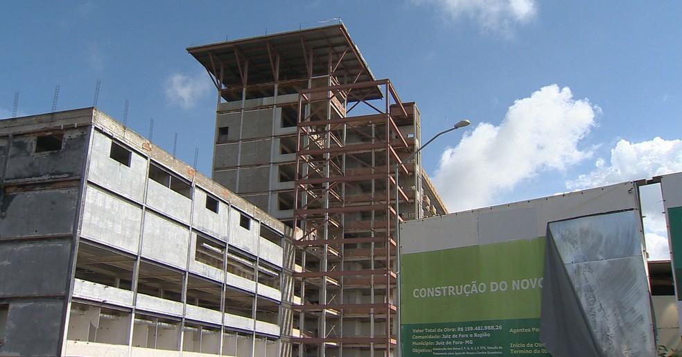 -  Obra de ampliação do Hospital Universitário  HU  da Universidade Federal de Juiz de Fora  UFJF   Foto: Reprodução/TV Integração