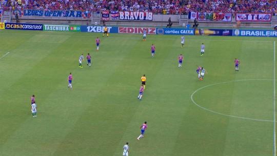 30 gols, título e férias do Leão: Gustavo  comemora volta por cima na temporada