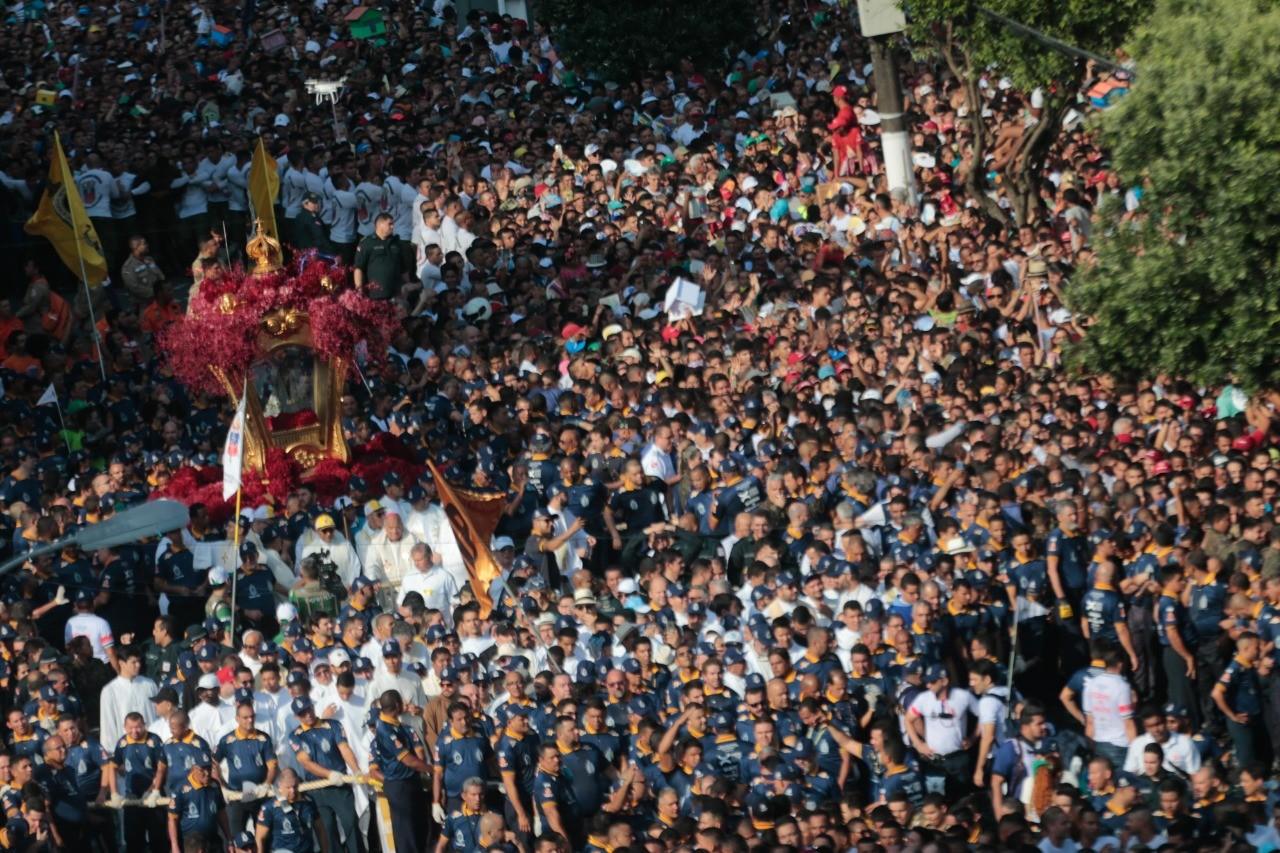 Domingo de Círio teve multidão de cerca de 2 milhões de pessoas em Belém do Pará - Notícias - Plantão Diário