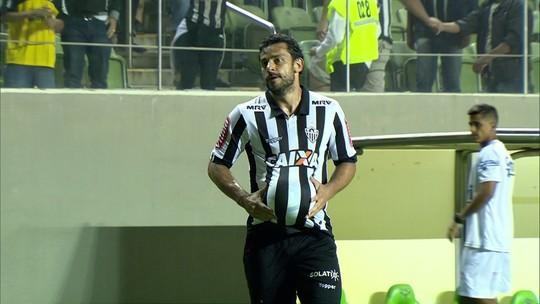 Fred supera Zico na artilharia de Brasileiros e dedica gol para o filho que vai nascer