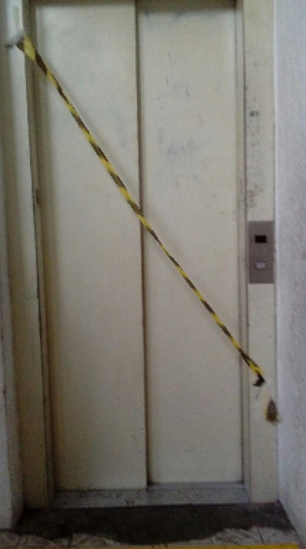 Paloma diz que elevador está