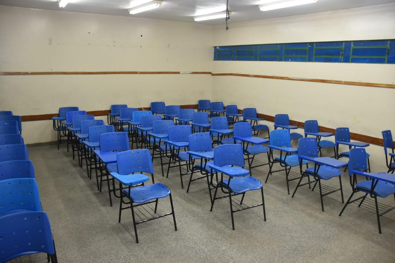Faltas de professores e alunos são principais problemas na reposição de aulas perdidas durante greve, diz MP-AM - Notícias - Plantão Diário