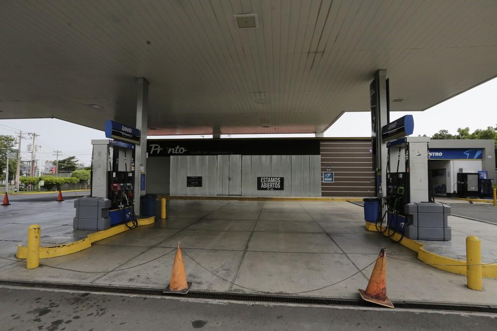 -  Posto é fechado nesta sexta-feira  13  em dia de greve nacional na Nicarágua  Foto: Inti Ocon/AFP