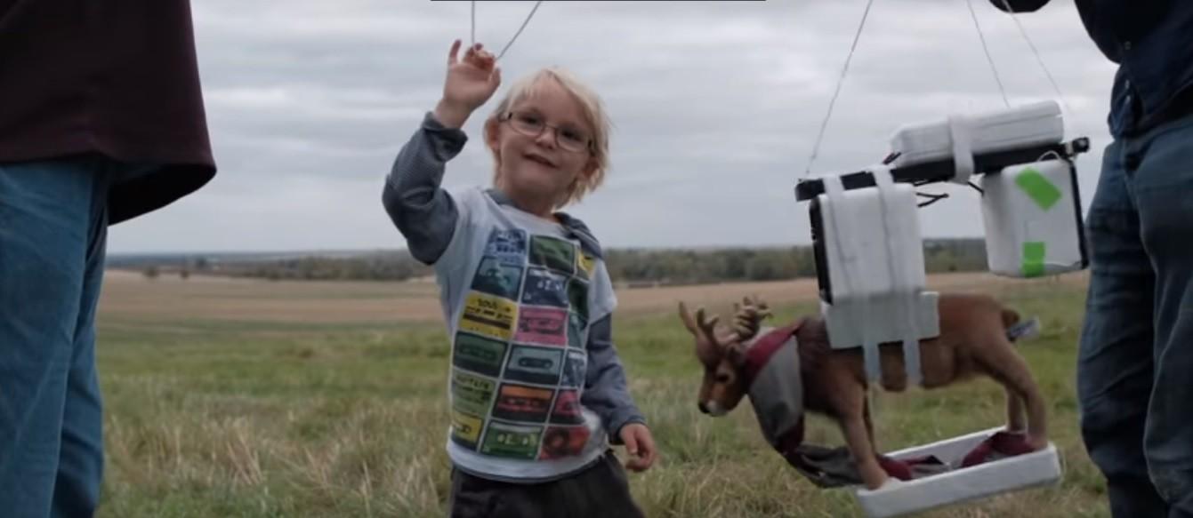 Filho se prepara para o lançamento (Foto: Reprodução/YouTube)