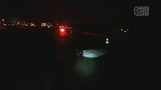 Motociclista morre após bater em cavalo na BR-386, em Canoas