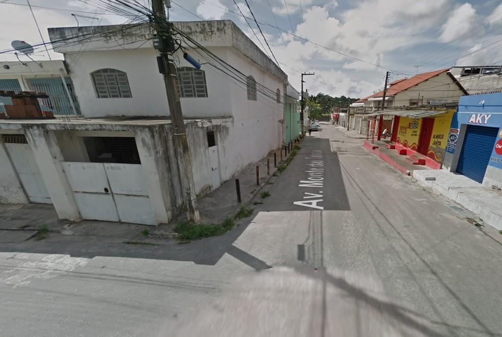 Crime ocorreu na Avenida das Tabocas, em Paulista, no Grande Recife — Foto: Reprodução/Google Street View