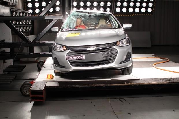 Onix Plus recebe 5 estrelas no teste do Latin NCAP (Foto: Divulgação)