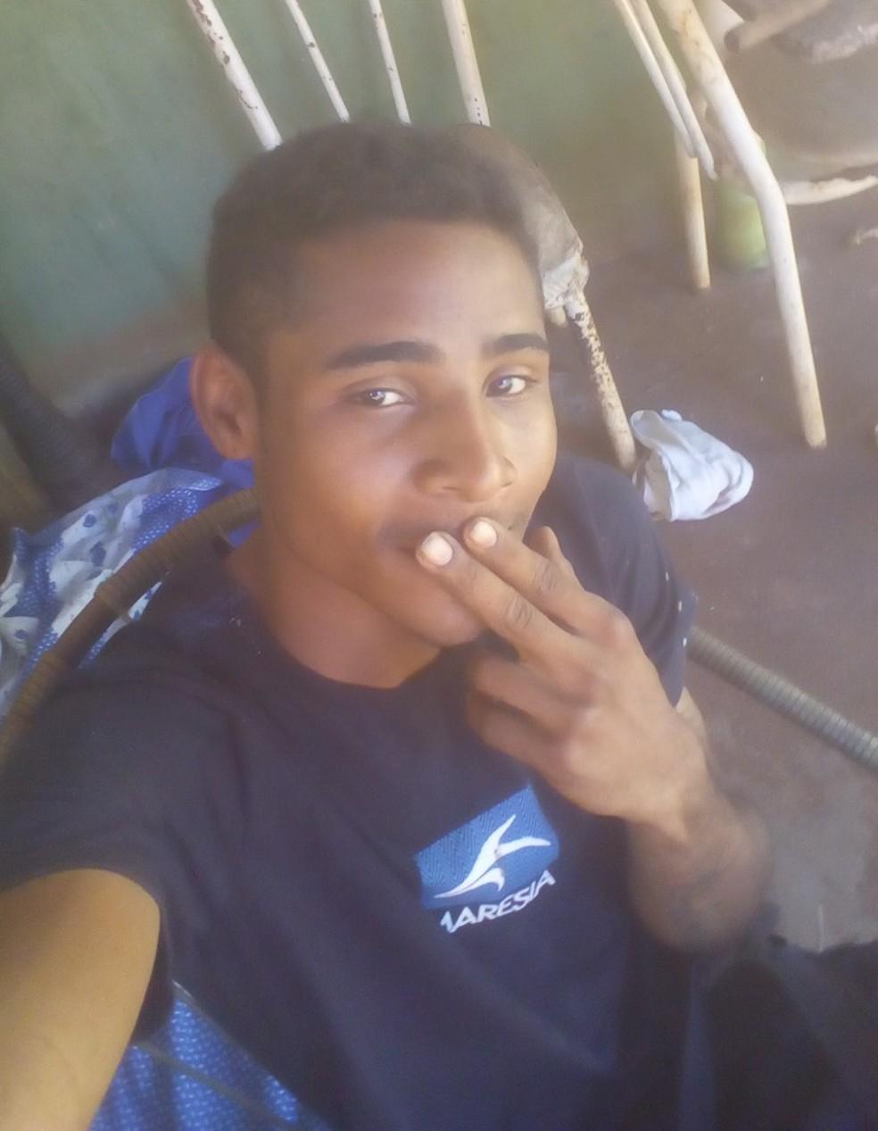 Polícia encontrou o rapaz em uma casa abandonada na cidade (Foto: Divulgação/Polícia Civil)