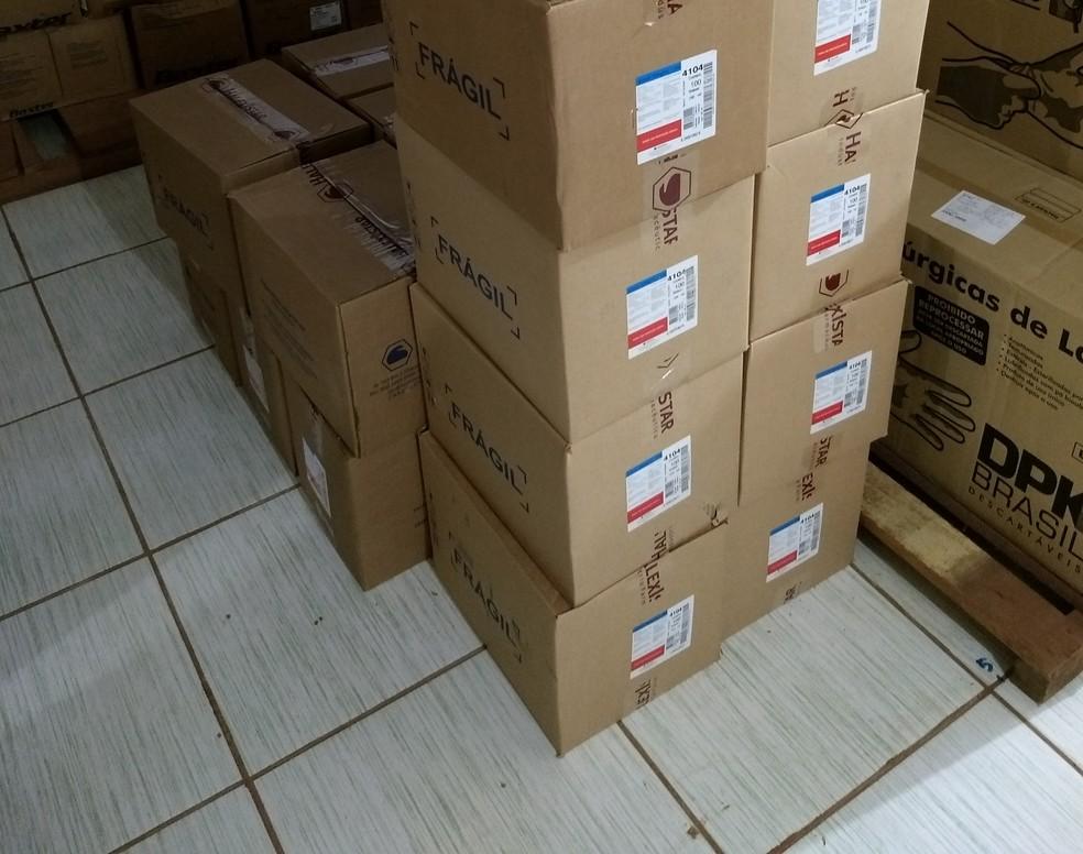 Medicamentos estavam armazenados de forma irregular em farm�cias de Cacoal, RO (Foto: CRF/Divulga��o)