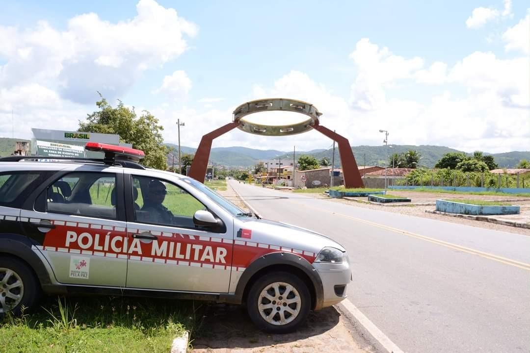 Idoso é preso suspeito de fazer gestos obscenos para mulher e adolescentes em Alagoa Grande, PB